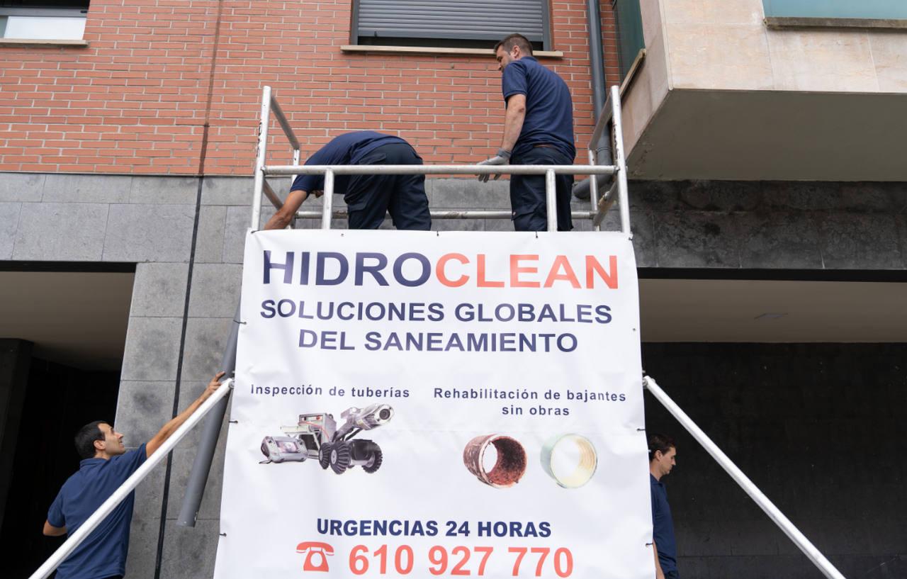 Rehabilitación de bajante en fachada de edificio en Bizkaia