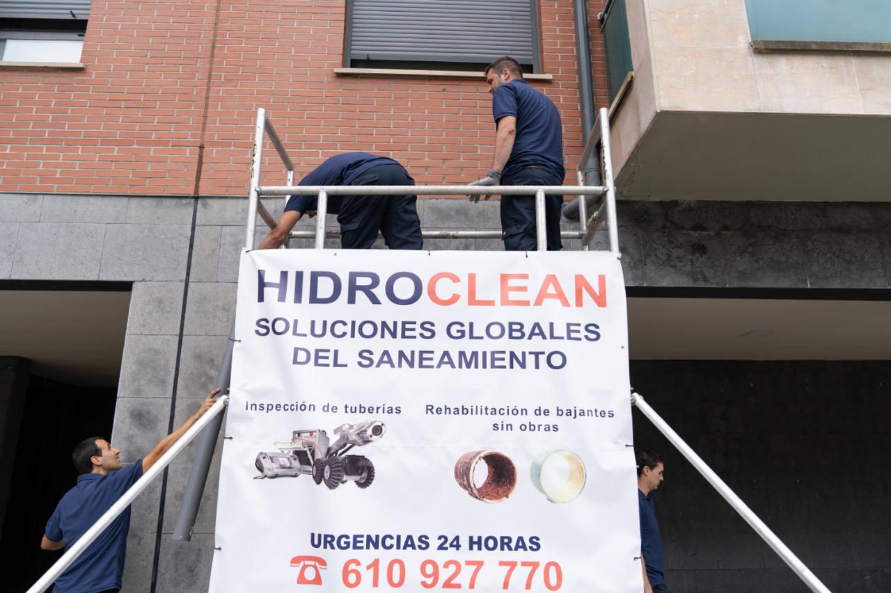 Trabajos de saneamiento en edificio