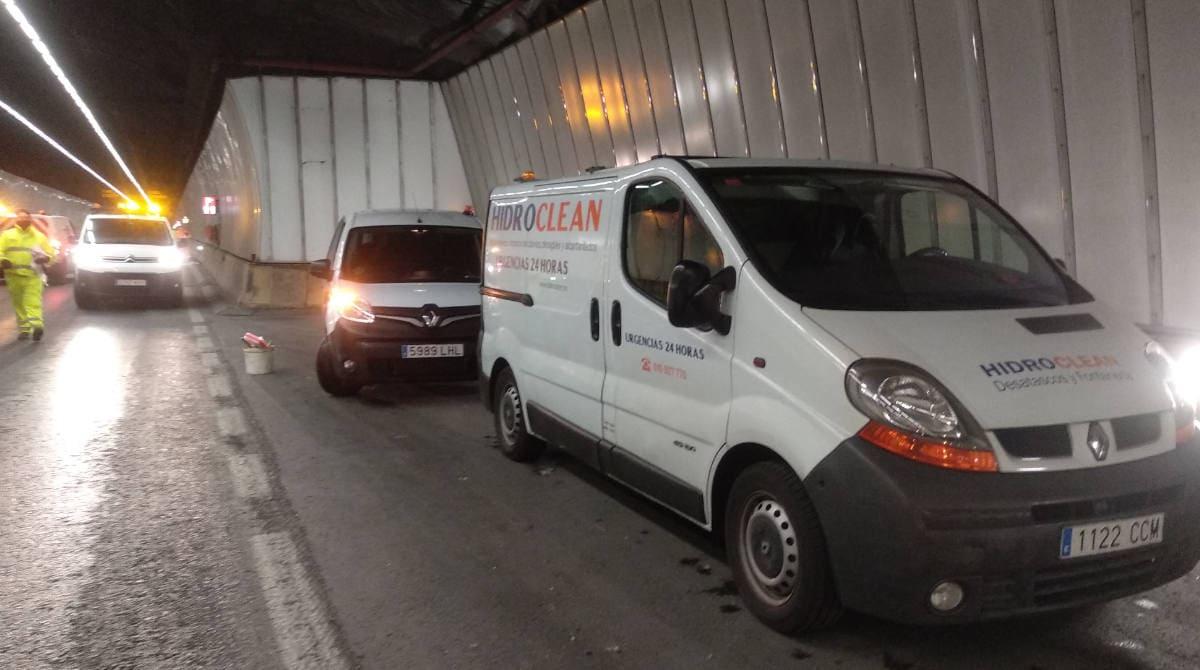 Pruebas de presión en el sistema contra incendios del Túnel de Malmasín